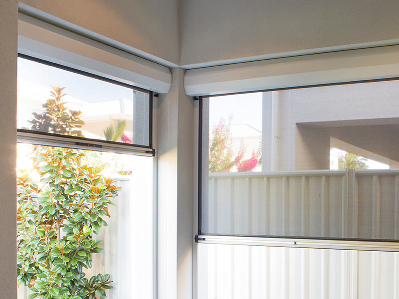 Ziptrak-Outdoor-Blinds-Lilydale