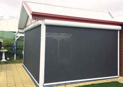 outdoor-bistro-blinds